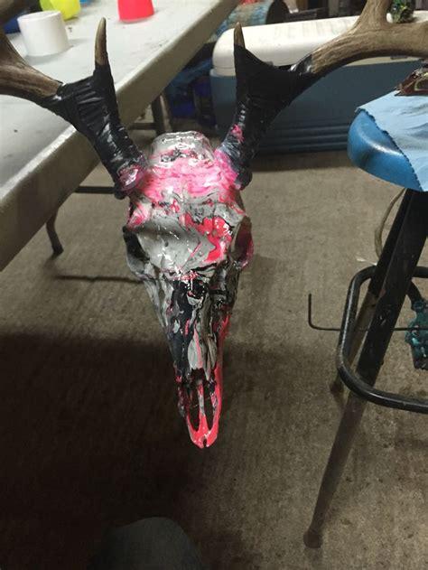 spray paint european mount dipped deer skulls projects skulls deer