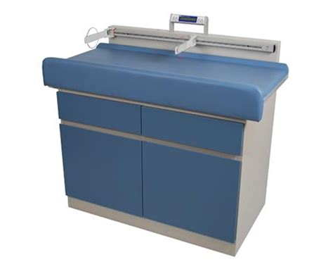 umf pediatric examination table with digital save at
