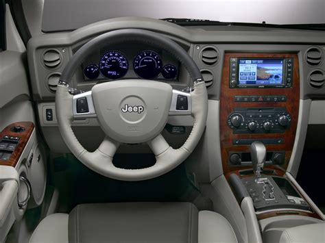 jeep commander inside 2010 jeep commander price photos reviews features