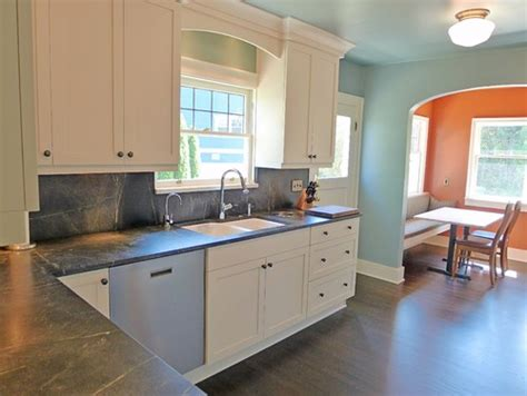 Backsplash With Soapstone Counters Soapstone Kitchen Countertops With Height Soapstone