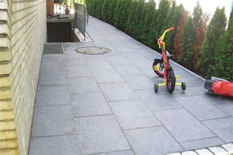 rollrasen rellingen granitplatten verlegen pflanzen discounter24 und