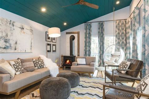 teal color room 10 living rooms that boast a teal color