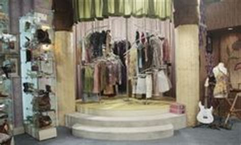 rotating closet icarly bedroom iwant a bedroom like the room every girl wished she had hannah montana s