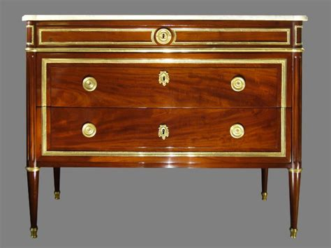 kommode louis xvi a louis xvi ormolu mounted mahogany commode ref 50524