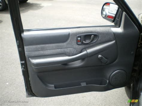 S10 Door Panel 2000 chevrolet s10 ls extended cab door panel photos