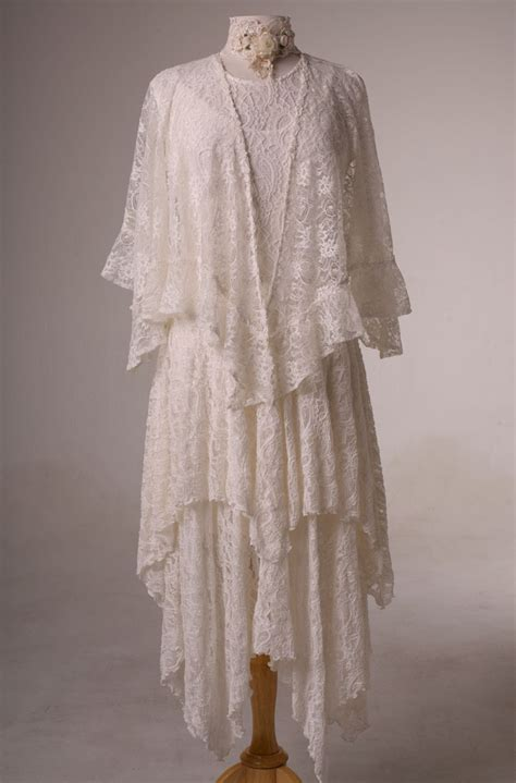 Dress Western Style dress in style wedding dress in ivory lace