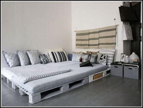 Bett Aus Paletten Beleuchtet by Bett Aus Europaletten Mit Beleuchtung Betten House Und