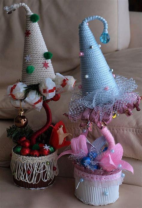 diy christmas topiary trees  perfect decor