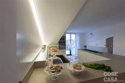 tagli di cucina pi 249 luce nell attico con mansarda cose di casa