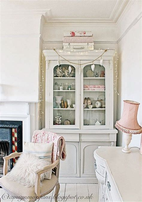 the 25 best granny chic ideas on pinterest hanging the 25 best shabby chic living room ideas on pinterest
