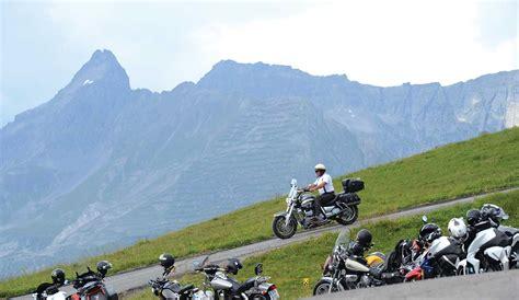 Motorrad Fahren Ausprobieren by Motorrad Fahren Alpenk 246 Nigin