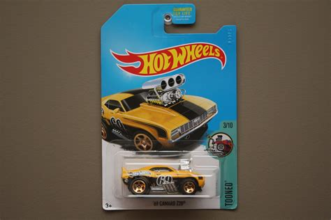 69 Camaro Z28 Hijau Hotwheels wheels 2017 tooned 69 camaro z28 yellow treasure hunt