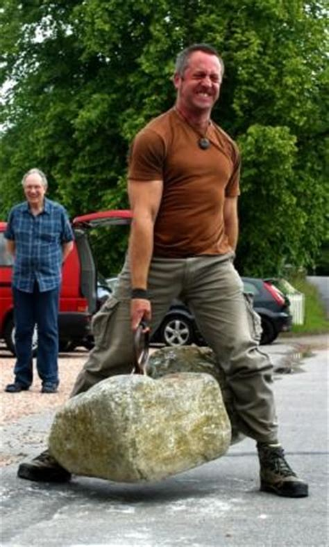 donald dinnie books roger davis lifts the dinnie stones usawa