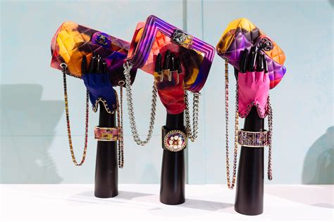 10 Best Summer Accessories By Chanel by A Closer Look At Chanel S Summer 2015 Accessories