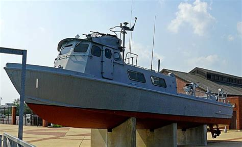 swift boat images vietnam pcf u s navy pictures to pin on pinterest pinsdaddy