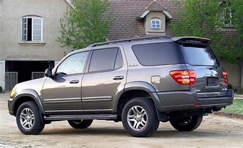 how cars engines work 2011 toyota sequoia free book repair manuals toyota sequoia vs autos weblog