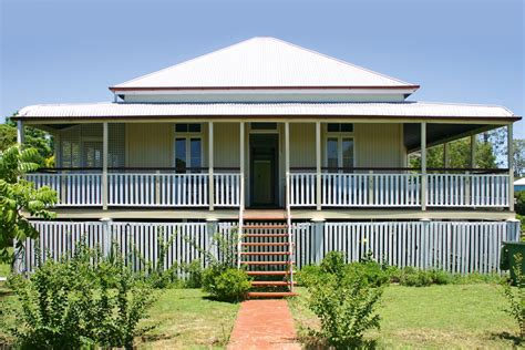 how to choose exterior house colors how to choose exterior paint colours australian handyman
