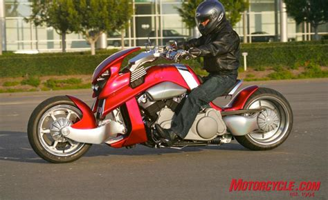 travertson vrex gm5v9233 feature   Motorcycle.com