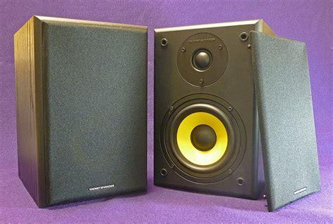 Thonet Vander Vertrag Bt Bluetooth Bookshelf Active Speaker thonet and vander k 252 rbis bt bluetooth speakers review the gadgeteer