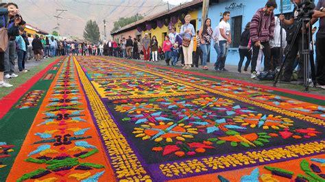 flower carpets  antigua presage easter  guatemala