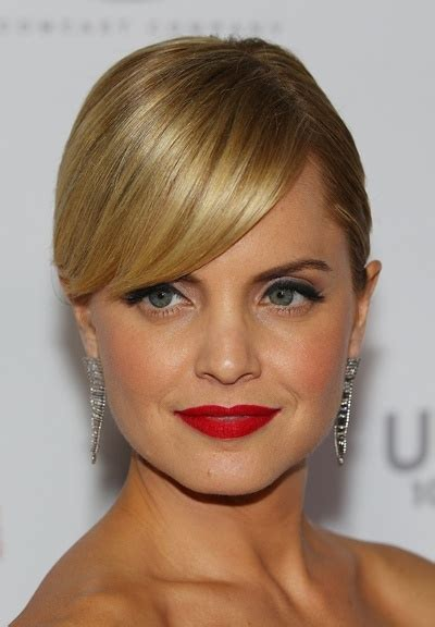 Mena Suvari Is Weeps by 25 Best Ideas About Mena Suvari On Ombre Bob