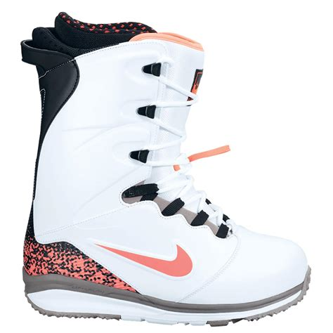 nike boot for nike sb lunarendor snowboard boots 2014 evo outlet