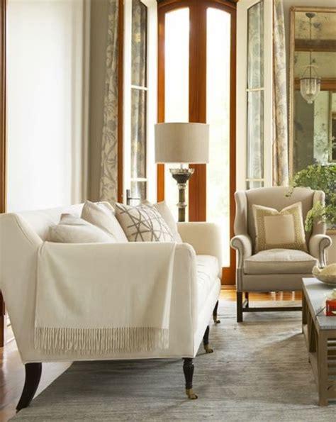 ideen für flur nische wohnzimmer grau lila
