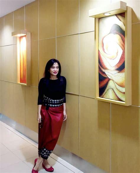 Pashmina Jilbab Tenun Kerudung Lurik 657 best images about tenun songket indonesia on fashion weeks ikat print and kebaya
