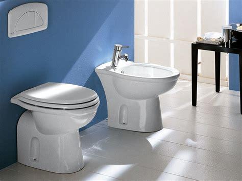 cassetta wc a muro scarico wc a muro raccordi tubi innocenti