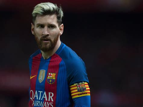 messi biography film lionel messi transfer news manchester city ready 163 200m