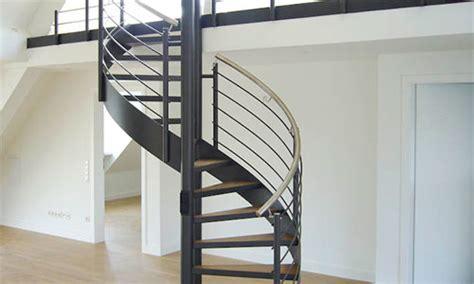 stufenmatten für schmale treppen chestha au 223 en spindeltreppe idee