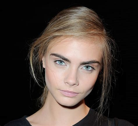 cara delevingne brow tutorial cara delevingne eyebrows
