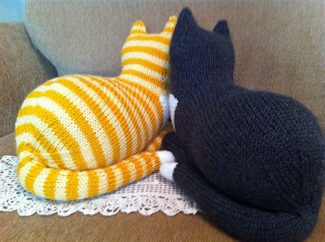 free knitting pattern cat motif 17 best images about cat patterns on pinterest