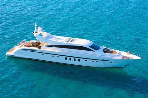 charter boat in phuket 28ft speedboat phuket yacht charter
