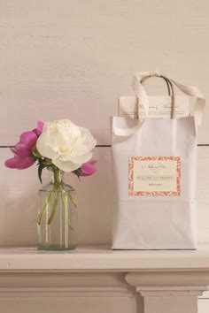 what is an appropriate wedding gift amount 1000 images about knotties ask on wedding