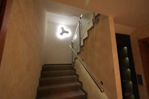led wandleuchte treppenhaus treppenhaus mit wundersch 246 nem naturstein led gel 228 nder