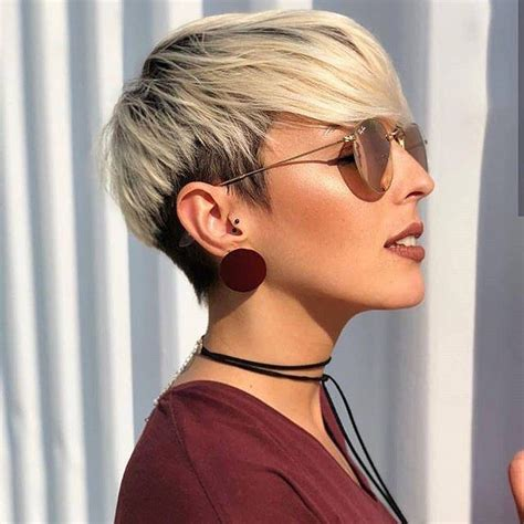 stylish short hairstyles  thick hair women short