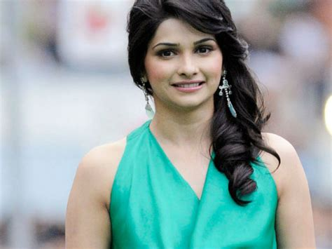 bollywood actresses age list actresses who look older her age bollywood actresses age