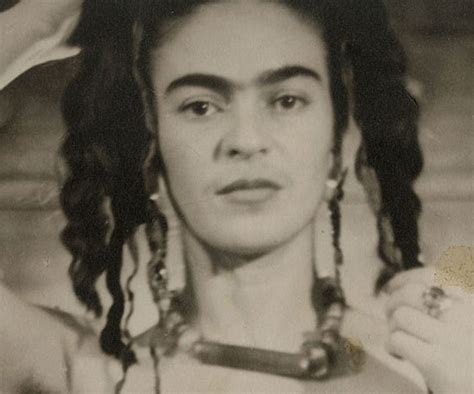 Frida Kahlo Biography Wiki | beauty biography of frida kahlo popsugar beauty