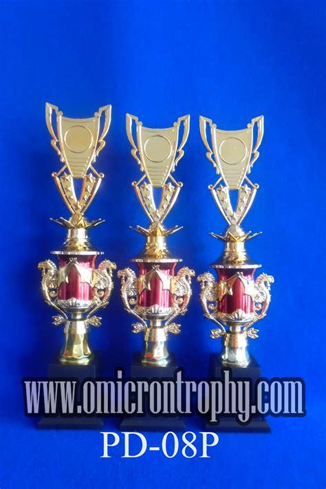 Plastik Jakarta produsen piala trophy plastik jakarta omicron trophy