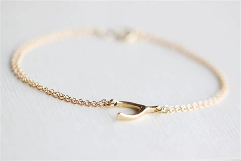 the lovely ethos simple jewelry at petitor