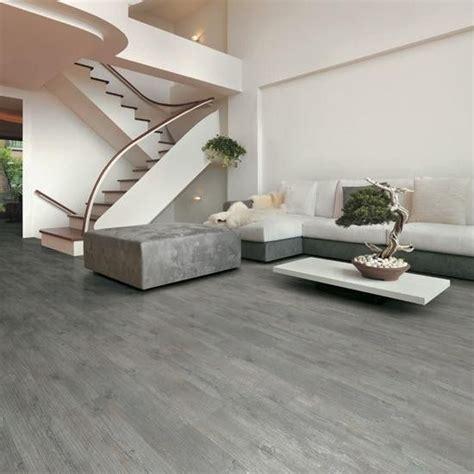 piastrelle simil parquet oltre 25 fantastiche idee su pavimento grigio su