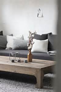 minimalist wood coffee table