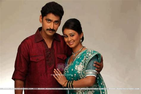 biography meaning marathi download mrunal dusanis marathi actress photos wallpapers