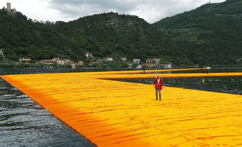 floating piers the floating piers of christo and jeanne claude today com