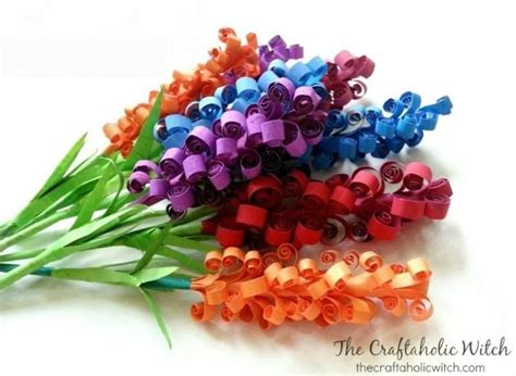 How To Make Easy Flowers Out Of Construction Paper - flores de papel colorido passo a passo artesanato passo