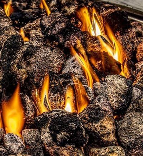 cucina sana e leggera padelle in pietra la pietra lavica per cucinare in