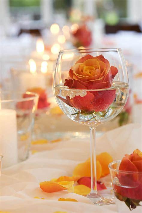 Romantische Tischdeko Hochzeit by Blumen Tischdeko Eine Frische Idee Deko Feiern