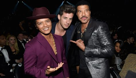 download mp3 bruno mars uptown girl girl group says bruno mars stole uptown funk from them