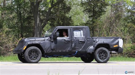 jeep truck spy photos more photos of the upcoming 2019 jeep wrangler pickup